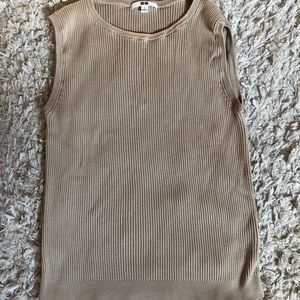 Uniqlo knit tank